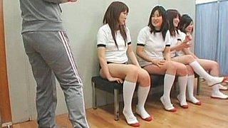 面部射精亚洲女学生
