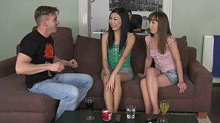 格雷斯和尼科琳来参加欧洲性爱派对