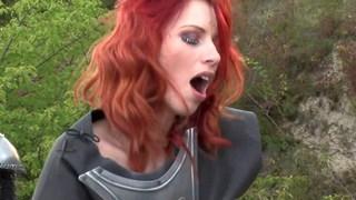 红发女郎乱搞她的十字军
