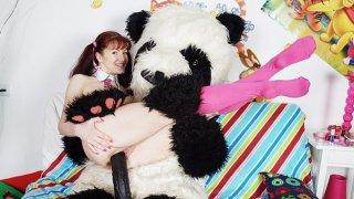 性感的女孩乱搞与讨厌的熊猫熊