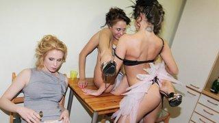 学生派对和手淫