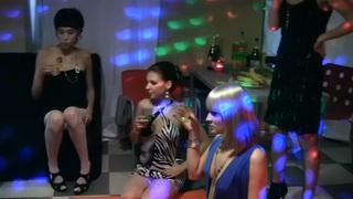 Ruth Folwer&Henessy&Annika&Grace C&Sofie&Amber Daikiri&Yiki&Zara在淫荡的色情视频中显示热门学生他妈的