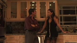 斯蒂芬妮斯威夫特的浪漫晚餐变成了作弊之夜