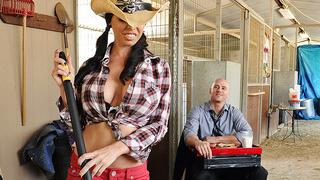 乡村磨坊有最伟大的胸部