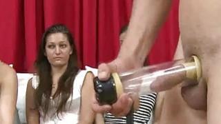 女性观看时使用的男性性玩具