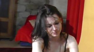 19yo捷克业余爱好者为色情制作人做脱衣和handjob