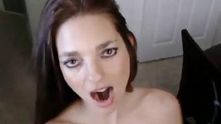 Pornstar名人丰满的妈妈Mindi Mink