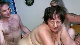 OldNanny胖乎乎的夫人和熟女手淫他妈的