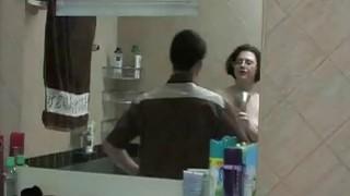 热黑发越来越性交在洗衣机上