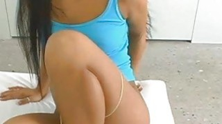 性感和美丽的亚洲美女克里斯蒂娜·阿奎德得到了最好的屁股