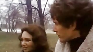 Hotmoza.com -FLESH AND BLOOD  -  1979 Tom Berenger,Suzanne Pleshette  - 妈妈的儿子诱惑场景迷你剧