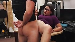 两个业余爱好者试图偷窃和性交