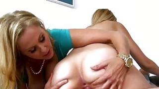 Big boobs milf Julia Ann horny threeway