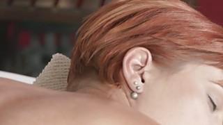 有经验的masseusr乱搞红发宝贝