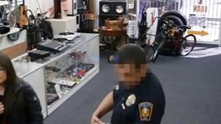 试图偷走当铺的两名荡妇会受到惩罚