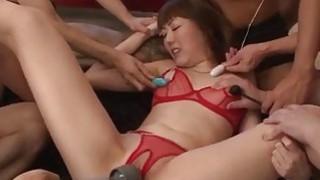 内衣模特Rei Furuse在狂野的性交后变得j j