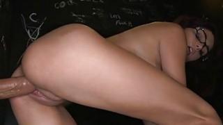 可爱的playgirl刺激studs与oraljob