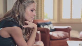 寻找伴侣的女孩的故事