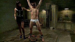 在安静的房间华丽女vs奴隶男
