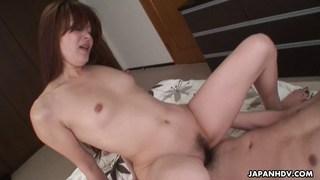 Cheatin日本妻子喜欢被性交