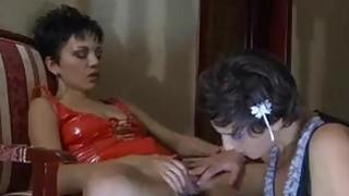 女同性恋肛交视频