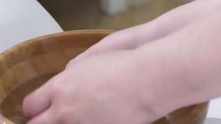 女同性恋青少年女按摩师手指丰满金发