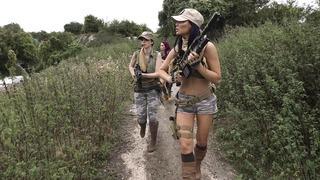 Jasmine Jae,Monique Alexander和Stella Cox都是性感的士兵