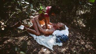 感受森林中欲望的高潮
