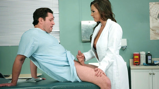 阿比盖尔麦克笔画,吸吮和山雀乱搞她的病人的家伙