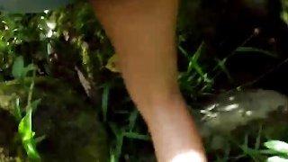 有吸引力的拉提娜安吉拉吸吮巨大的家伙和乱搞的流