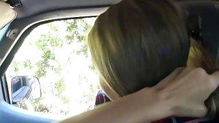 热和德克萨斯Jill Kassidy显示她的奶头会变得模糊,并且会变得模糊