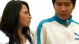 第一次约会之后,英俊的韩国宝贝将全部带走