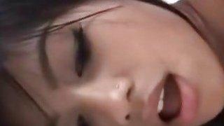 深色皮肤菲律宾宝贝需要一个大鸡巴在她的内心