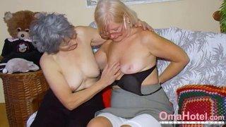 OmaHoteL两个成熟女同性恋者一起玩