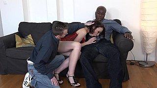 库克帮助他作弊的妻子