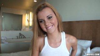 POV视频的厚屁股丰满bbw金发女郎杰西罗杰斯性交肛门。