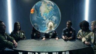 Kimberly Kane负责摧毁太空中的所有敌人,所以在精神压力下,她在太空船上乱搞她的同事