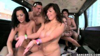 与Rachel Roxxx,Jayden Jaymes和Sienna West一起疯狂的性爱