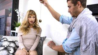 金发娃娃的治疗师规定了维生素D的剂量