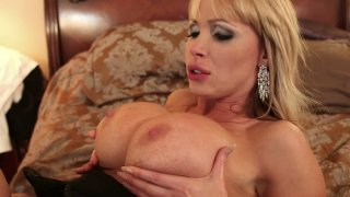 Big tittied blonde Nikki Benz enjoys pussy licking
